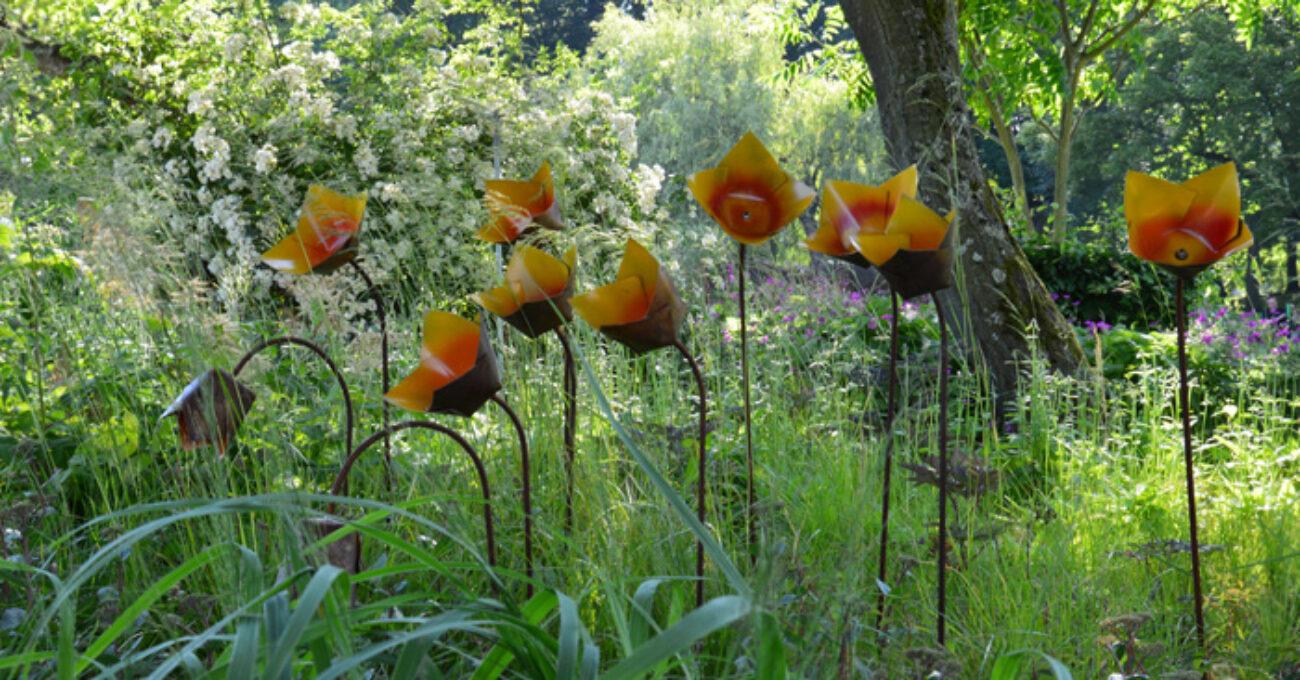 orange plåtblommor gbg blogg