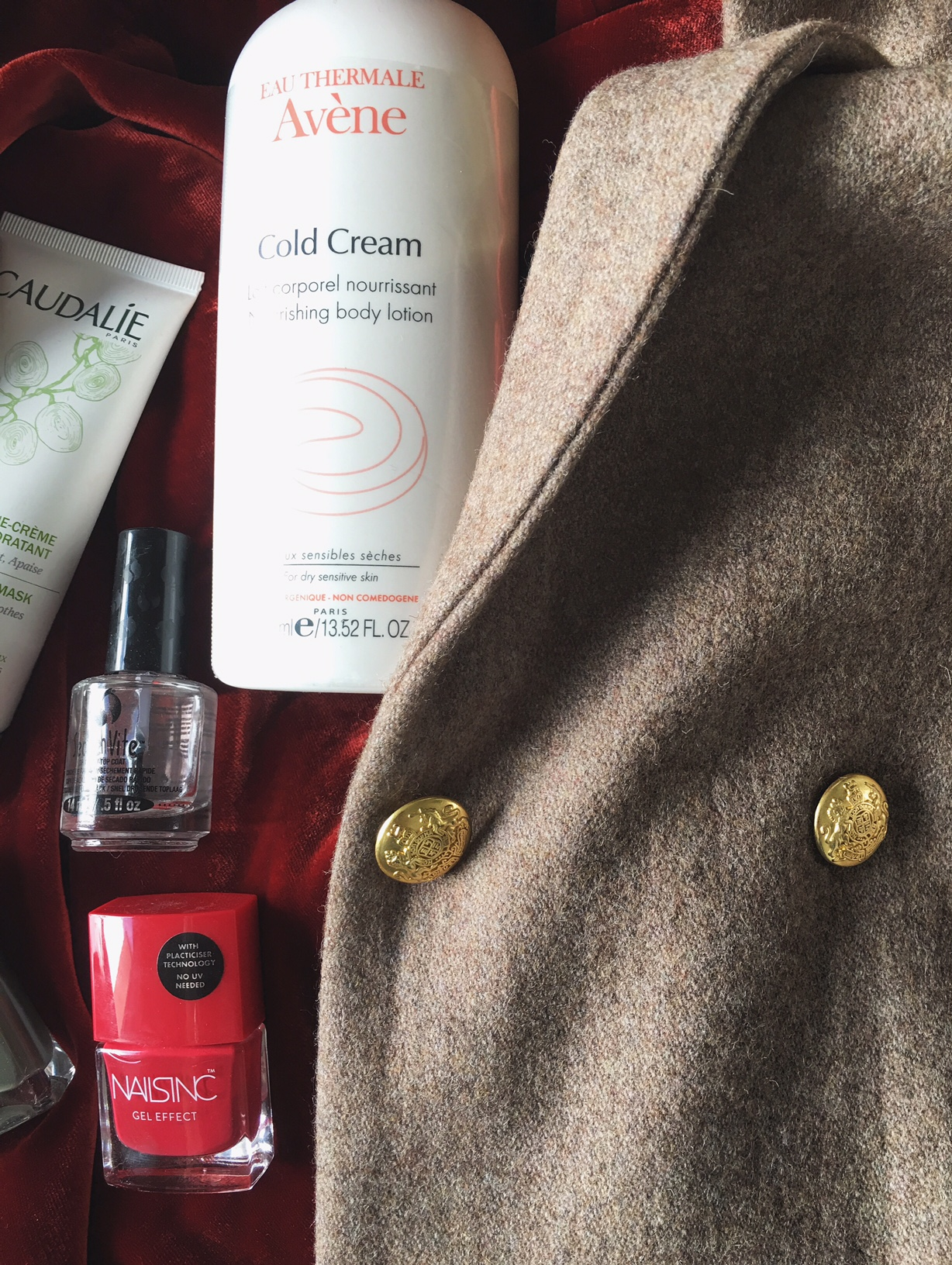 #vardagslyx#avene#nailsinc#caudalie#ganni#september#fall#favorites
